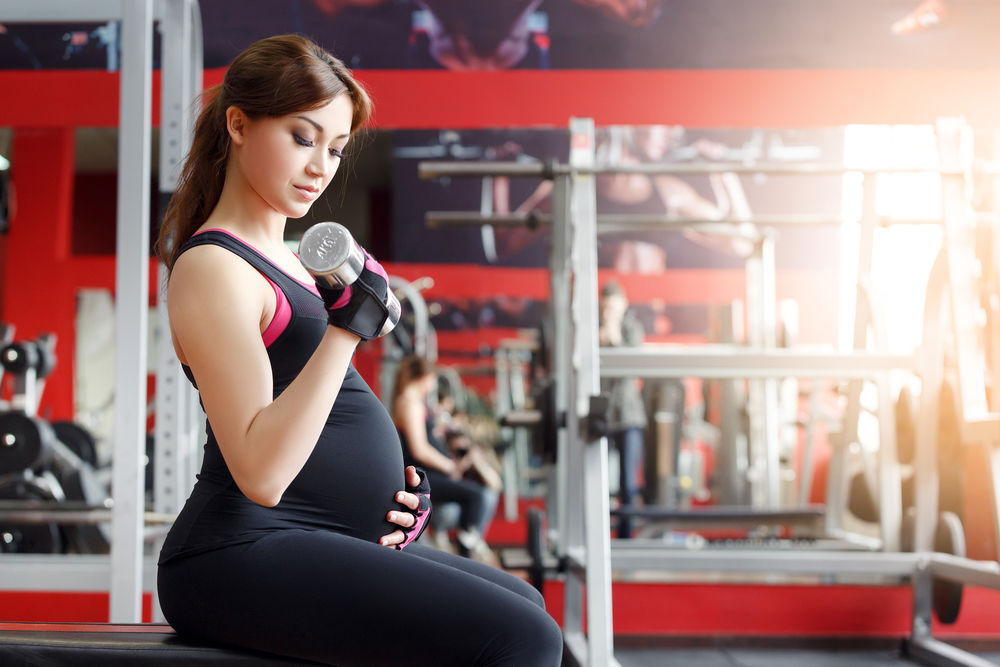 New Report Confirms It: Pregnant Women Should Really, Really Be Exercising