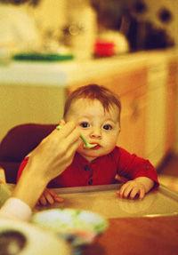 feeding_baby_0.jpg