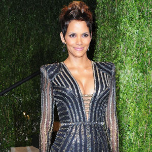 halle-berry-pregnancy-style_0.jpg