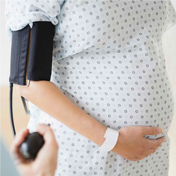 pregnant-woman-blood-pressure-cuff