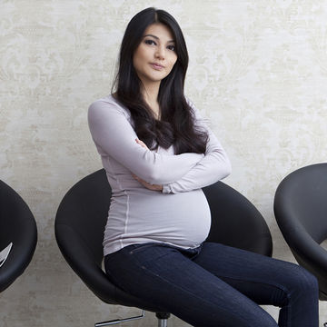 pregnant-woman-waiting-room_700x700.jpg
