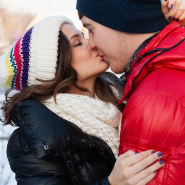 romantic-couple-kissing_700x700_shutterstock_172239692.jpg
