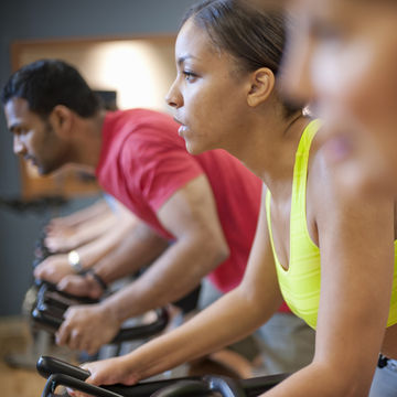 spinning-pregnancy-safe-exercise_700x700_getty-149317330.jpg