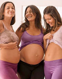 three_pregnant_women_at_0.jpg