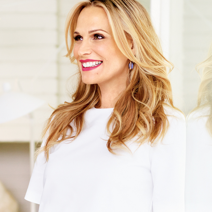 Why Molly Sims Swears By Acupuncture Fit Pregnancy And Baby