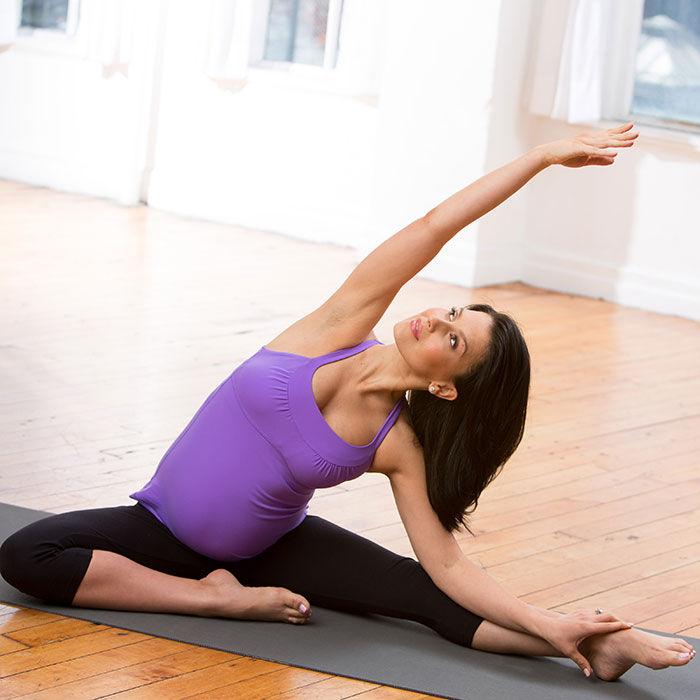 Hilaria Baldwin 8 Easy Prenatal Yoga Poses Fit Pregnancy And Baby
