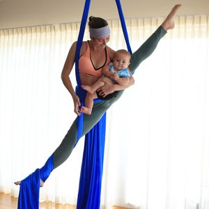 aerial-moves-with-baby