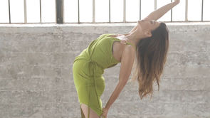 3 Pregnancy Yoga Poses With Hilaria Baldwin
