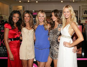 Victoria's Secret Models Look Great During Their Pregnancies