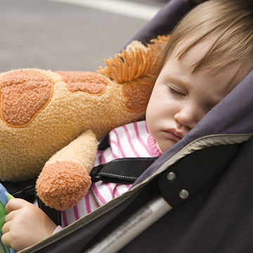 baby-sleeping-in-stroller_700x700_Getty-103254724.jpg