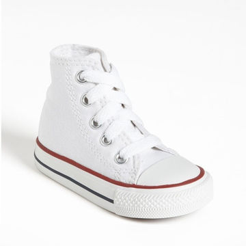 Lace up high-tops in white