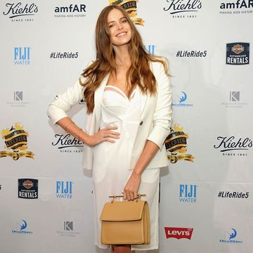 Robyn Lawley Has Amazing Take on Baby Body