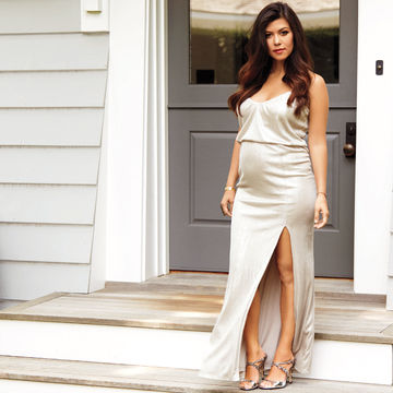 Kourtney-Kardashian-silver-dress_700x700_compressed.jpg