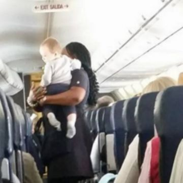 Mom Thanks Flight Attendant for Calming Son