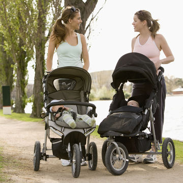 new-mothers-friends-exercising_700x700.jpg