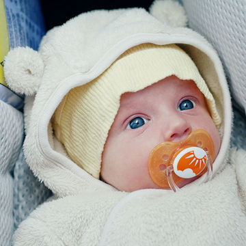 Study Recommends Vitamin D Supplements for Babies
