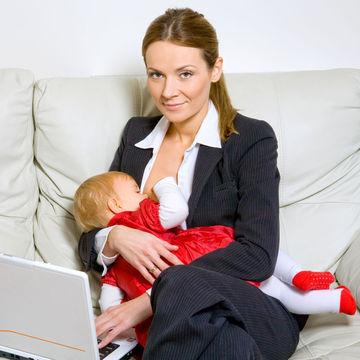 shutterstock_45092182_breastfeeding_businesswoman_700.jpg