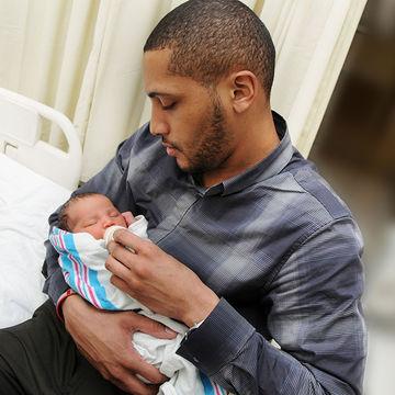 Hospitals Need 'Baby Cuddler' Volunteers for NICU