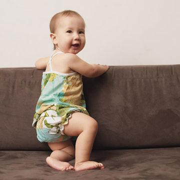 standing-baby-2.jpg