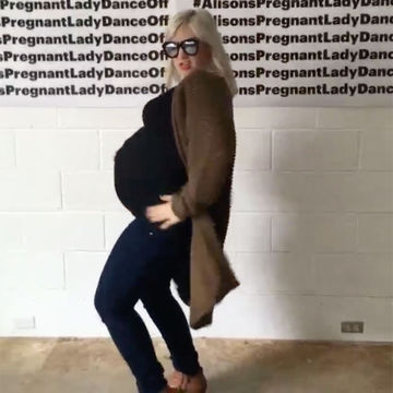 Blogger Wants Pregnant Women to Dance