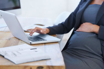 Working pregnant woman