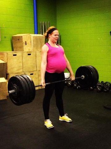 Katherine Martinko Weightlifting in Pregnancy