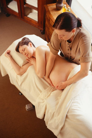 pregnancy-massage