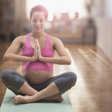 pregnant-woman-yoga_Getty-482144315_4.jpg