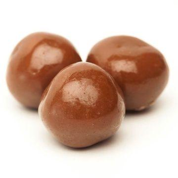 prenatal-chocolates-shutterstock_81735715700x.jpg
