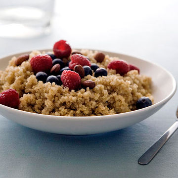 Popped Amaranth Nut And Fruit Cereal