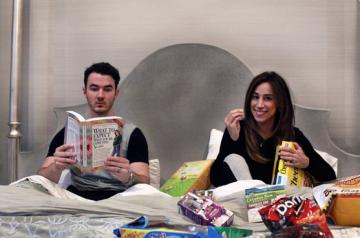 Kevin Jonas, Danielle Jonas Pregnancy Announcement Twitter
