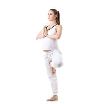 tree pose yoga pregnancy