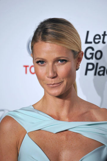 Gwyneth Paltrow Opens Up About Miscarriage